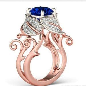 NEW! 18K ROSE GOLD BLUE SAPPHIRE RING